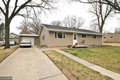 685 3RD AVE SW, HUTCHINSON, MN 55350 - Photo 1