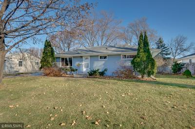 8215 OAKLAND AVE S, Bloomington, MN 55420 - Photo 1