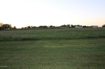 629 BORGRUD LN, Evansville, MN 56326 - Photo 2