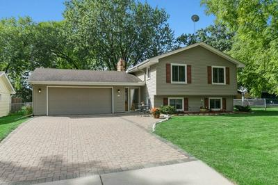3018 INDEPENDENCE CIR N, New Hope, MN 55427 - Photo 1