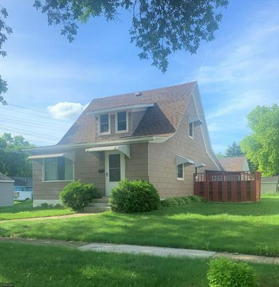 609 NELSON AVE, Montevideo, MN 56265 - Photo 2