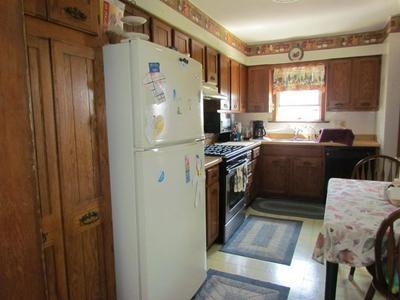 513 E 1ST ST S, Truman, MN 56088 - Photo 2