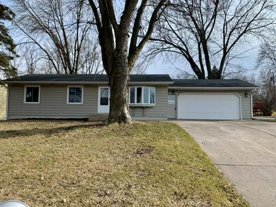 129 LINDEN AVE E, WINSTED, MN 55395 - Photo 1