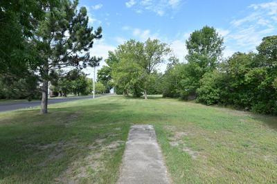 419 MCKINLEY ST SW, Staples, MN 56479 - Photo 2