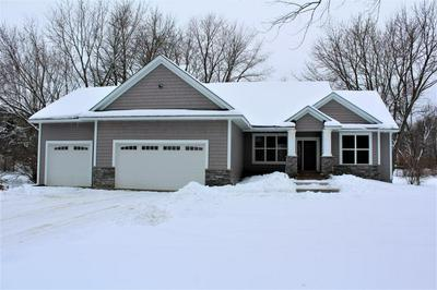 1444 TRIANGLE DR, HOULTON, WI 54082 - Photo 1