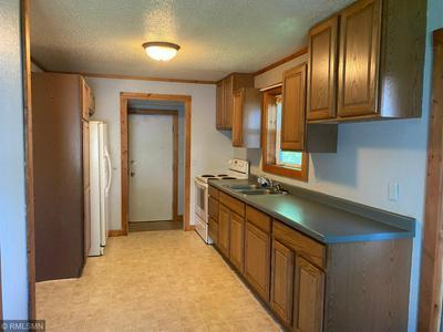 302 5TH ST, Sandstone, MN 55072 - Photo 2