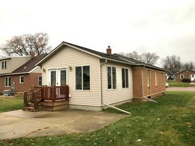 405 W VAN DUSEN ST, Springfield, MN 56087 - Photo 2