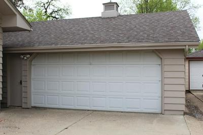 311 W DODGE ST, Luverne, MN 56156 - Photo 2