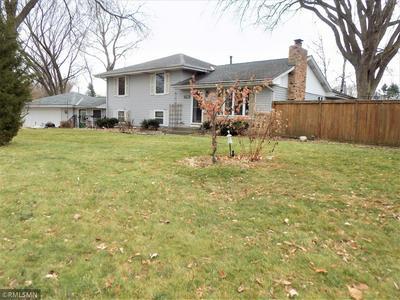 8815 PENN GLEN PL, Bloomington, MN 55431 - Photo 1