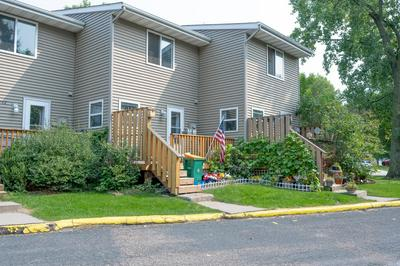 744 9TH AVE S, Hopkins, MN 55343 - Photo 2
