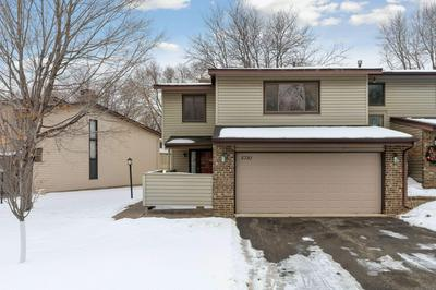 5781 HYLAND COURTS DR, Bloomington, MN 55437 - Photo 2