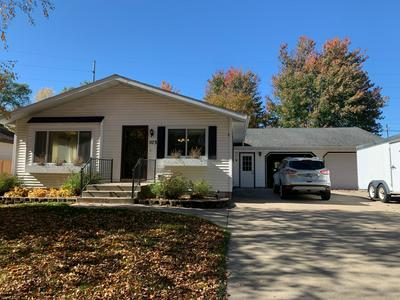 573 N DONNELLY AVE, Litchfield, MN 55355 - Photo 1