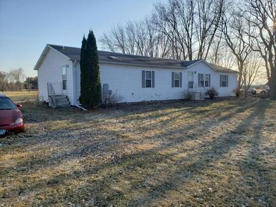 523 2ND ST W, Claremont, MN 55924 - Photo 1