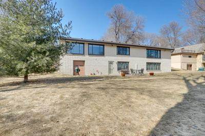 1307 VALLEY VIEW RD, CHASKA, MN 55318 - Photo 2