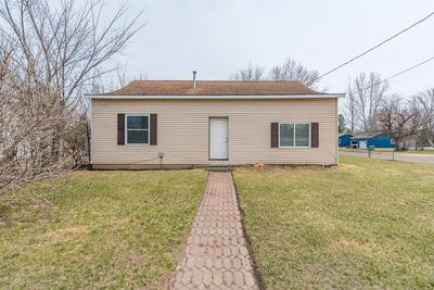 17 CEDAR ST E, Motley, MN 56466 - Photo 2