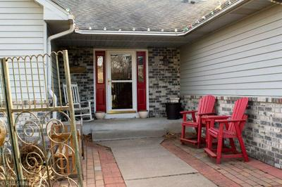 489 QUINNELL AVE N, LAKELAND, MN 55043 - Photo 2