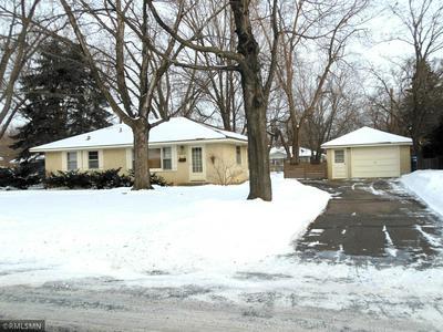10833 LITTLE AVE S, Bloomington, MN 55437 - Photo 2