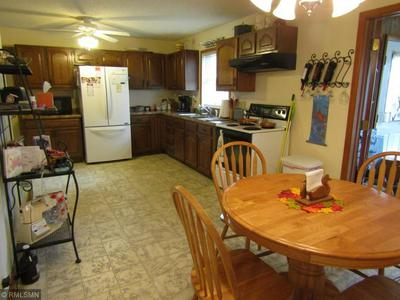 406 S 11TH ST, MONTEVIDEO, MN 56265 - Photo 2