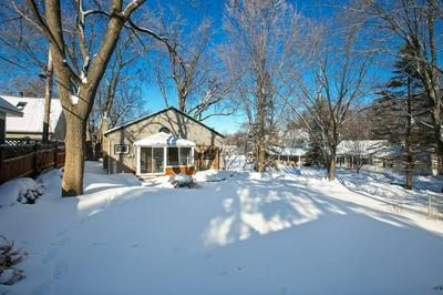 220 BELL ST, EXCELSIOR, MN 55331 - Photo 2