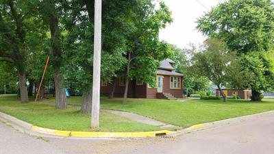 151 W DINEEN ST, Sanborn, MN 56083 - Photo 2