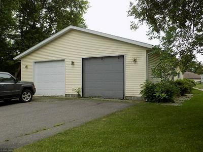 550 NW 2ND AVE, Cohasset, MN 55721 - Photo 2