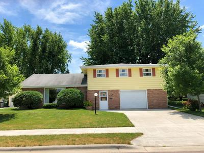 527 W VAN DUSEN ST, Springfield, MN 56087 - Photo 1
