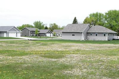 507 1ST AVE SW, Mapleton, MN 56065 - Photo 2