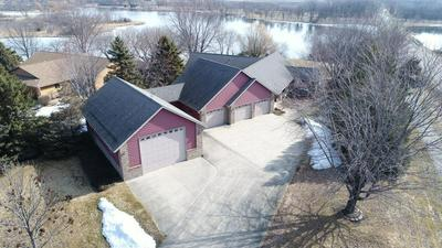 1 RIVERVIEW DR, MORRIS, MN 56267 - Photo 2