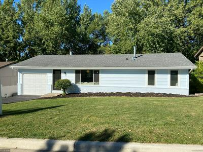 1409 FLAG AVE N, Golden Valley, MN 55427 - Photo 2