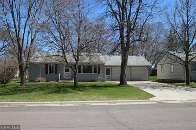 511 PINE ST, Paynesville, MN 56362 - Photo 2