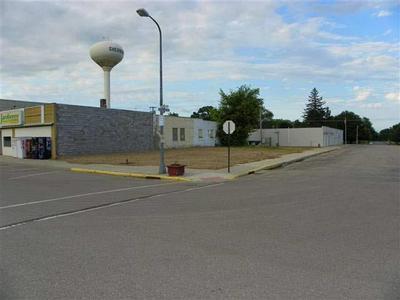100 N MAIN ST, Sherburn, MN 56171 - Photo 1