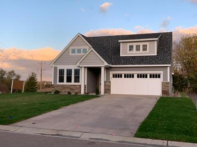 5011 DALE RIDGE RD, Woodbury, MN 55129 - Photo 1