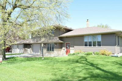 300 TROENDLE ST SW, Mapleton, MN 56065 - Photo 2