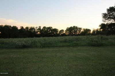 606 BORGRUD LN, Evansville, MN 56326 - Photo 1