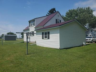 120 E JOHNS ST, Sanborn, MN 56083 - Photo 2