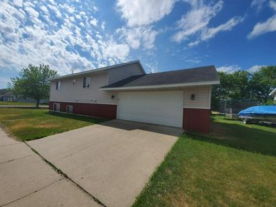 301 2ND ST SE, Staples, MN 56479 - Photo 1