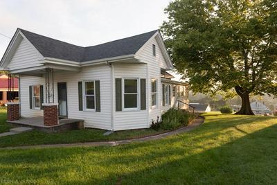 308 MONTGOMERY ST, Pearisburg, VA 24134 - Photo 1