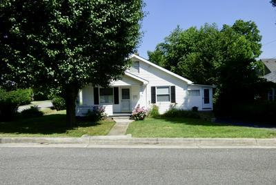 390 W NORTH ST, Wytheville, VA 24382 - Photo 2