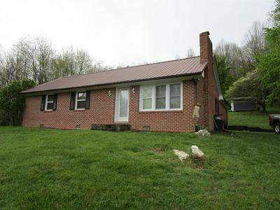 3594 BETHLEHEM CHURCH RD NE, Pilot, VA 24138 - Photo 2