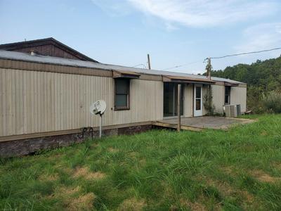 2001 SPRINGDALE RD, Pearisburg, VA 24134 - Photo 2