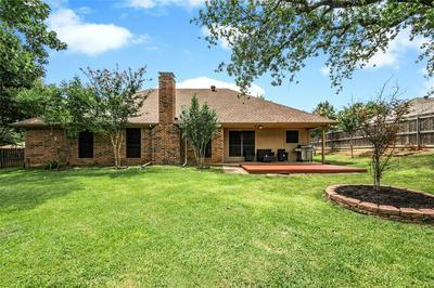 7333 LONDONDERRY DR, North Richland Hills, TX 76182 - Photo 2