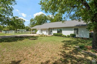 305 SANTA ANNA AVE, Coleman, TX 76834 - Photo 2