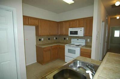 5905 LOVINGHAM CT, Arlington, TX 76017 - Photo 2