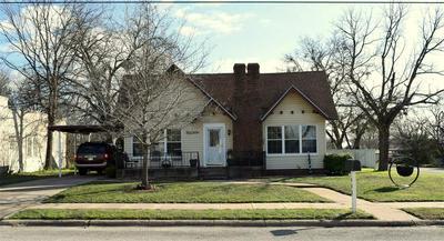 400 E 7TH ST, Coleman, TX 76834 - Photo 1