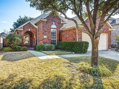 9902 LINKS FAIRWAY DR, Rowlett, TX 75089 - Photo 1