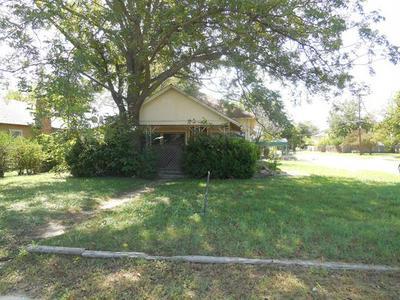 459 W MAIN ST, Ranger, TX 76470 - Photo 2