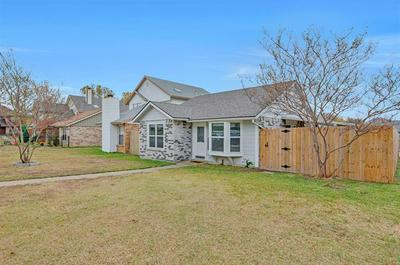 9987 LONE EAGLE DR, Fort Worth, TX 76108 - Photo 2