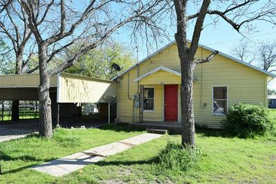 213 14TH ST, Coleman, TX 76834 - Photo 2