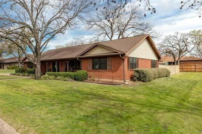 1311 RONA ST, Weatherford, TX 76086 - Photo 2