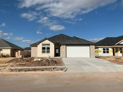 262 CARRIAGE HILLS PKWY, Abilene, TX 79602 - Photo 1